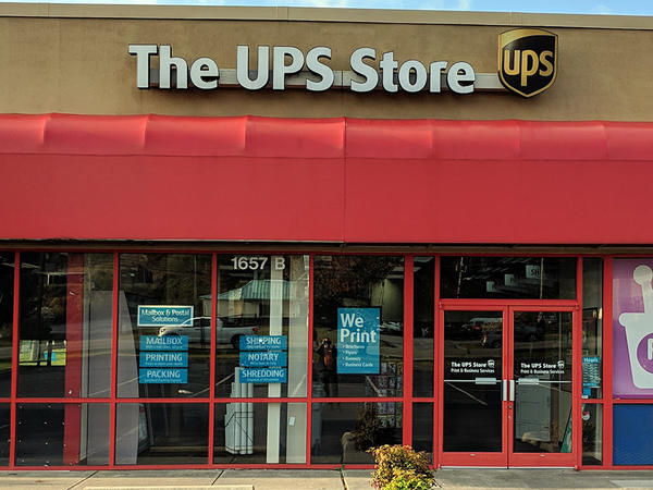 UPS Location