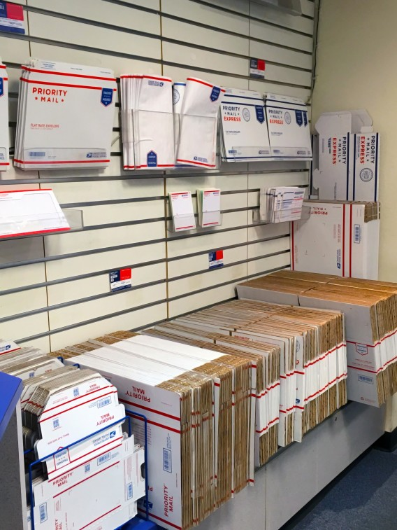 usps flat rate boxes at the post office